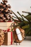 Regalos por Año Nuevo o la Navidad Fotografía de archivo