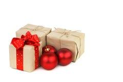 Regalos por la Navidad y el Año Nuevo Imagen de archivo libre de regalías