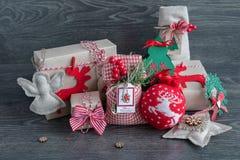 Regalos y juguetes de la Navidad Fotografía de archivo