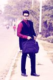 Regard d'entreprise modèle masculin indien des employés photos libres de droits