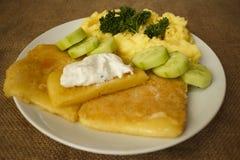 Regard frit par purée de pommes de terre de sauce à tartre de fromage Photo libre de droits