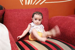 Regard nouveau-né de fille Photos stock
