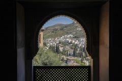 Regard vers le bas sur un village en Espagne Photographie stock