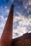 Regardant la vieille cheminée de puissance de Pensupreme à York, Penns Photos libres de droits
