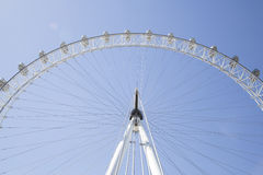 Regarder grand-angulaire Coca Cola London Eye avec un b clair Images libres de droits