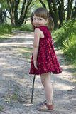 Regarder la fille en arrière image libre de droits