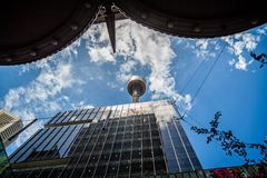 Regarder Sydney Tower photographie stock