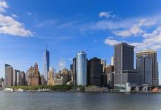 Regardez en arrière du bateau à Manhattan, New York City Image libre de droits