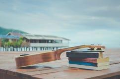 Regardez le concept tropical asiatique chaud de vintage de vacances de village de pêche Photographie stock libre de droits