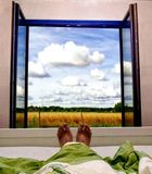 Regardez, willage, foto, ciel, chambre à coucher, temps, fenêtre Image libre de droits