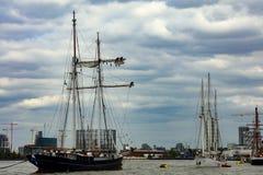 Regata alta de las naves de la cita Greenwich 2017 el río Támesis Imágenes de archivo libres de regalías