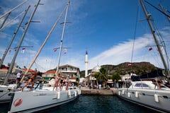 Regatta de la navegación en el mar Mediterráneo Foto de archivo libre de regalías