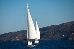 Regatta de la navegación en Grecia Imágenes de archivo libres de regalías