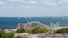 Regatta di navigazione al litorale di Chersonese Taurian Fotografie Stock Libere da Diritti