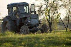 Regelmäßige Bauernhofarbeit stockfotografie
