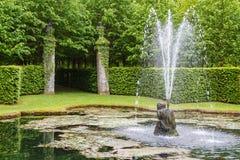 Regelmatig park (Les Jardins d'Annevoie) royalty-vrije stock foto's