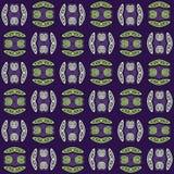 Regelmatig spiralenpatroon groen en grijs met zwarte overzichten op verplaatst purple Stock Foto's