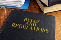 Regels en verordeningenboek stock fotografie