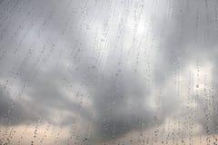 Regen auf dem Fenster Lizenzfreies Stockfoto