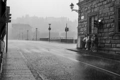Regen auf den Straßen von Florenz Stockfoto
