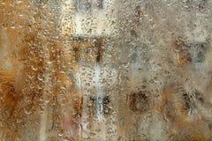 Regen auf Fenster lizenzfreie stockfotos