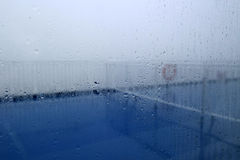 Regen auf Glas Stockbilder