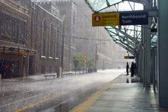 Regen in Calgary, Kanada lizenzfreie stockbilder