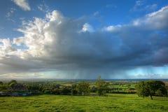 Regen, der über Gloucestershire fällt Stockfotografie