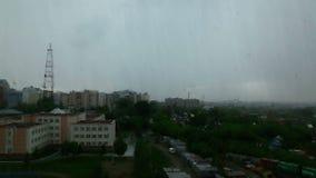 Regen in der Stadt, Morgen stock video