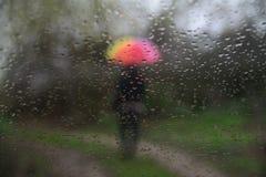 Regen en Mensen Royalty-vrije Stock Afbeeldingen