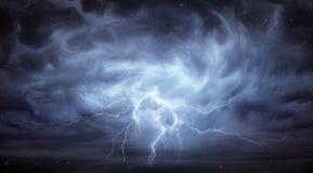 Regen en Onweersbui royalty-vrije stock foto's