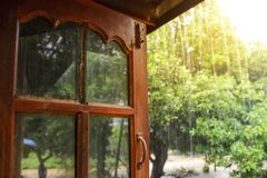 Regen am Fenster Lizenzfreies Stockfoto