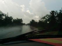 Regen op de weg Royalty-vrije Stock Afbeelding