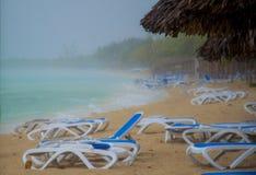 Regen op het strand van Cuba Stock Afbeelding