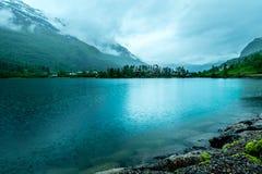 Regenachtig landschap van Noorwegen Stock Afbeeldingen