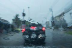 Regenachtig weer op verkeer Royalty-vrije Stock Afbeelding