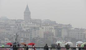 Regenachtige dag in Istanboel stock foto
