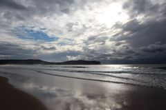 Regenachtige dag op een strand in Australië Stock Afbeelding