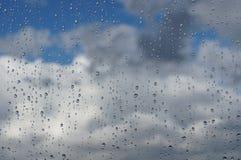 Regenachtige dagachtergrond Royalty-vrije Stock Afbeeldingen