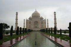 Regenachtige Taj Mahal Stock Afbeelding