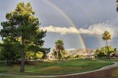 Regenbogen auf der Fahrrinne Stockfotografie