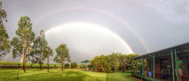 Regenbogen bei Jondaryan Australien Lizenzfreie Stockfotos