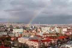 Regenbogen über Ankara Stockfotos