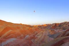 Regenbogen-Berge, Landform-geologischer Park Zhangyes Danxia, Gansu, China stockfotos