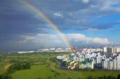 Regenbogen der Stadt Stockbilder