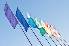 Regenbogen farbige Markierungsfahnen Lizenzfreie Stockfotografie