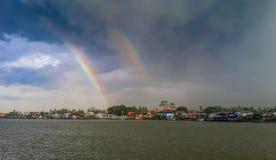 Regenbogen im Fluss Lizenzfreies Stockbild