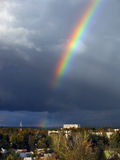 Regenbogen nach Regen Stockfotografie