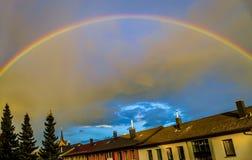 Regenbogen nach Sturm Stockbild