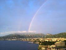 Regenbogen over Sorrento, Italië Stock Foto's